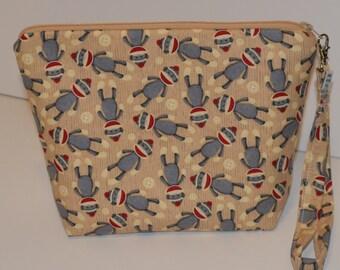 Sock monkeys project bag
