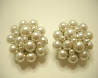 Vintage Faux Pearl Clip Earrings (5008) Japan