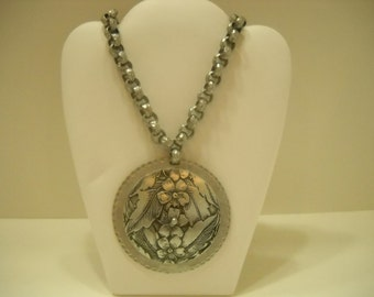 Silver Tone Flower Medallion Necklace (2593)