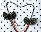 Colorful chains necklace with two bows for every occasions