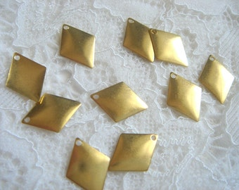 Raw Brass   Pyramid 18x14 mm,Geometric Charms,Do it Yourself Geometric necklace