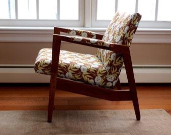 Vintage Gunlocke Lounge Chair   Reupholstered