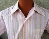 1970's DISCO in the ISLANDS- Med - 15 15 1/2  Made in JAMAICA s/s Button up