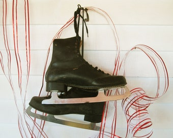Vintage Black Men's Iceskates - Wall Decor - Winter Sports History - Hang 'em Up - Holiday Decor - Collectible