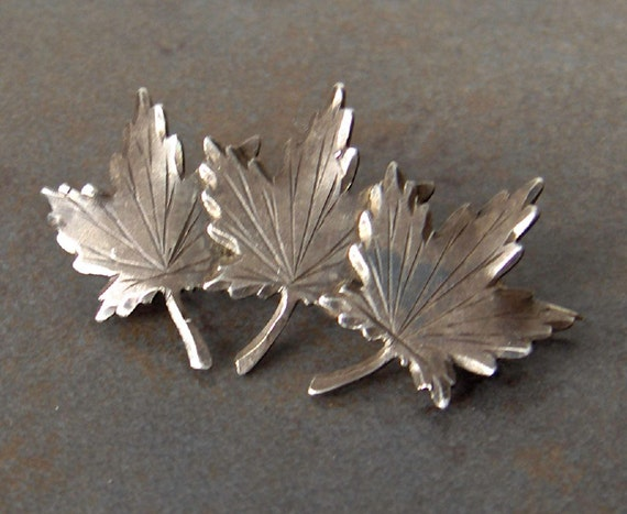 maple leaf brooch sterling silver pin jewelry fall jewelry