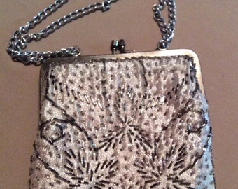Vintage White Beaded Purse Hand Made in Hong Kong perfect for a Vintage Wedding or an evening out. Great Condition.