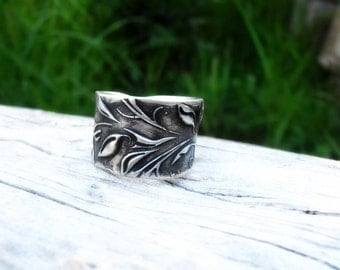 Wide Ivy Ring in Sterling Silver - Hand Sculpted - Thick Band of Leaves for Nature Lovers - Made to Order