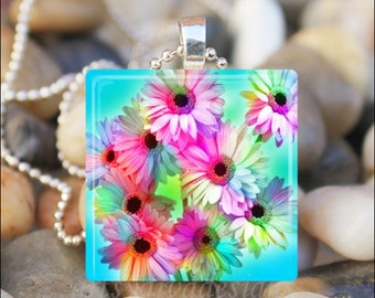 COLORFUL DAISIES Spring Summer Daisy Flower Garden Glass Tile Pendant Necklace Keyring