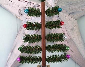 Old Fashioned Bottle Brush Style Christmas Tree