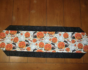 Table Runner - Halloween - Ghosts & Pumpkins/Black Cats