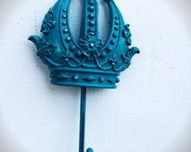 BOLD ornate crown wall hook // teal blue green // queen princess decor // shabby cottage chic, towel coat hook // resin and metal wall art