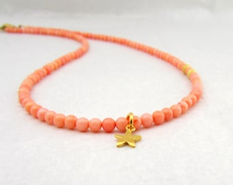 Pink Coral Necklace, Gold Flower Charm Necklace, Pastel Pink Jewelry, Coral Beaded Necklace, Wedding Jewelry, Pink Bridal Necklace