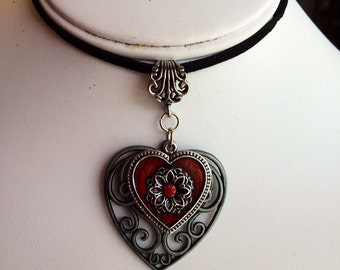 Leather Choker with Heart Pendant.