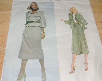 Vogue American Designer Bill Blass 2083 size 12 Uncut