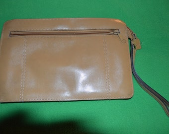 ON SALE   Vintage All Leather Clutch Bag in Tan