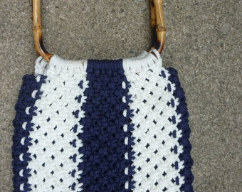 Mod Macrame Purse Summer Navy and White Woven Fabric Bamboo Handles 1970s