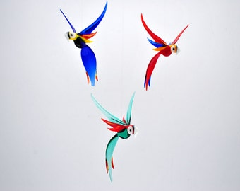 e36-157 Medum Parrot (1 piece for price shown)