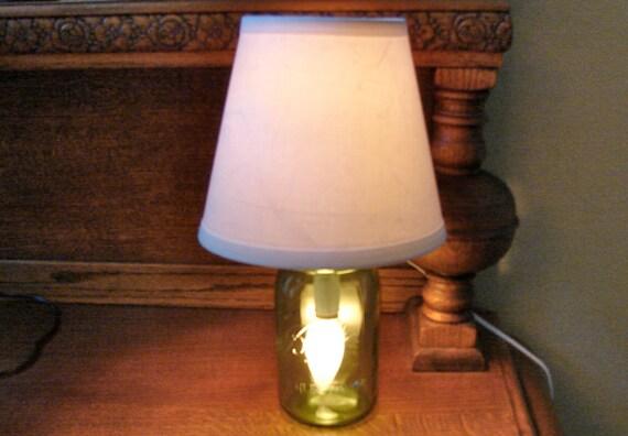 mason jar lamp with shade handmade green heritage quart mason jar. Black Bedroom Furniture Sets. Home Design Ideas