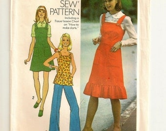 "A Shoulder Strap Jumper & Top Pattern with Patch Pockets and Hemline Variations: Uncut - Junior Size 9 / 10, Bust 30-1/2"" • Simplicity 7074"