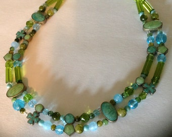 Vintage Blue/Green Crystal, Glass & Stone Necklace