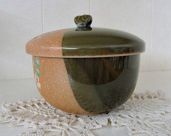 Vintage Two Toned Lidded Bowl Small