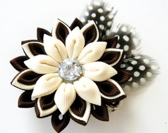 Kanzashi fabric flower hair clip with feathers. Brown and ivory hair clip. Hair clip with feathers.