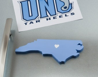 "North Carolina Tarheels ""State Heart"" Magnet, handcrafted wood with official team colors"