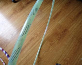 """Green threaded 32"""" hula hoop"""
