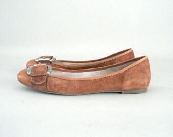 Womens Vintage Flats Size 10