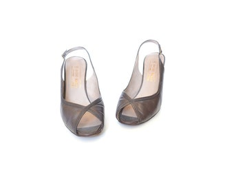 Bruno Magli Pump / 50s Pump / Designer Pump / Brown Slingback Heel / Peeptoe Heel / 9Women Shoes / Vintage Shoes / Vintage Accessories