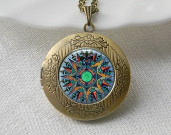 Compass Locket Necklace Art Photo Print Jewelry Locket Pendant Gift For Her (034)