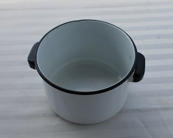 Black and While Enamel Stock / Soup / Sauce Pot