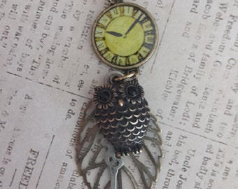 Steampunk Clock, Owl and Leaf Necklace