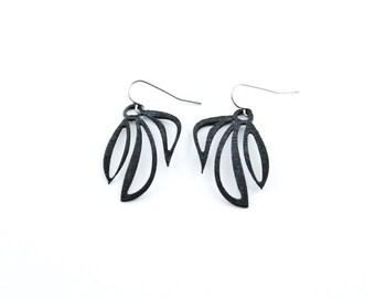 3d printed earrings 'Leafy Earring Black'