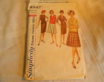 "Simplicity Vintage Top & Skirt Pattern With Variations 4547 Size: 14, Bust 36"", Waist 28"", Hip 38"""