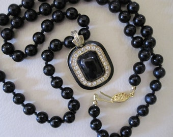 Vintage BLACK Glass HANDKNOTTED Beads with Black and RHINESTONE Square Pendant