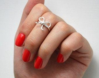Silver Bow Tie Midi Ring