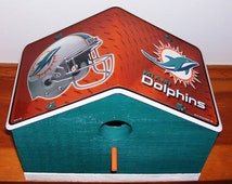 Miami Dolphins License Plate Birdhouse/Fathers Day, Sports, NFL, Birthday, Mothers Day, Christmas Gift, Football