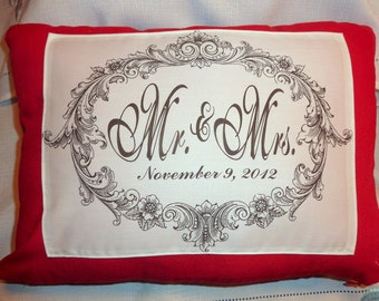 Red Linen Mr. an Mrs. Pillow Cover -Anniversary gift - Wedding Gift - Decorative Pillow - Personalized pillow - pillow - Wedding pillow