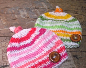 SeT of 2 Newborn Twins Beanie hats, Pink Green baby hat, Twins Baby boy and girl Hat, Knit Newborn hat, Photo prop, Baby hat, READY TO SHIP