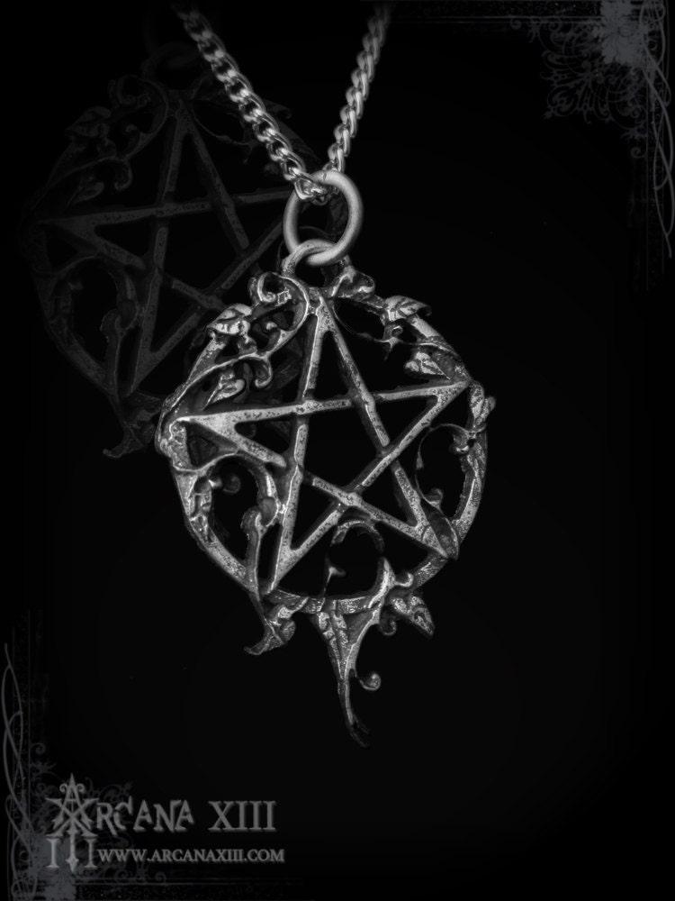 Handmade Gothic Harajuku Fashion W H Naoto Spiderweb Bag: Handmade Pentagram With Ivy Ivynagram Gothic Jewelry
