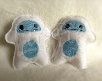 Yeti Hand Warmers - Pocket Size (Scented) Abominable Snowman - Stuffed Yeti - Portable Warmth - Christmas Gift - Stocking Stuffer