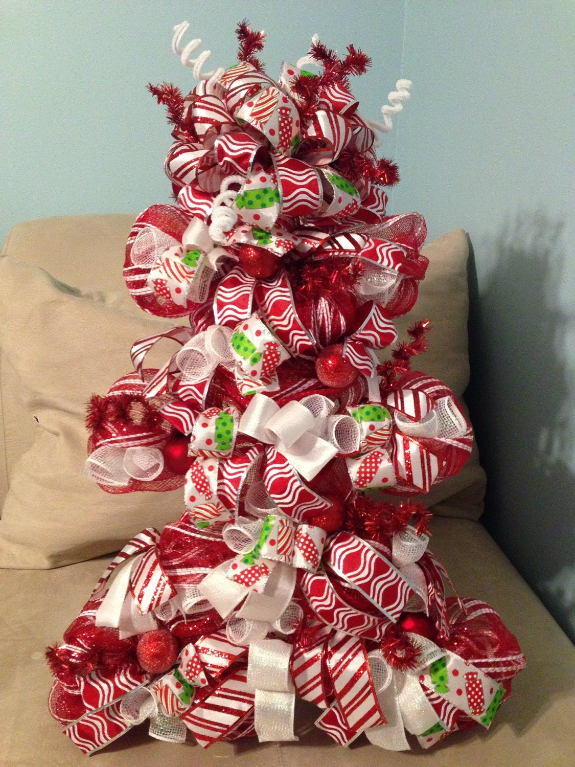 Door decoration candy cane christmas tree by for Candy xmas tree decoration