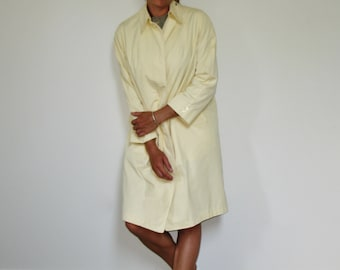 Woman's Soft Yellow Vintage Trench Coat