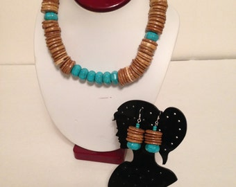 Co Co Shell Turqouise Tribal Necklace & Earring Set