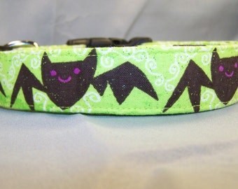 Glittering Happy Bats on Green Dog Collar