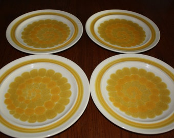 Set of 4 Franciscan Retro Mod Vintage YELLOW SUNDANCE Dinner PLATES