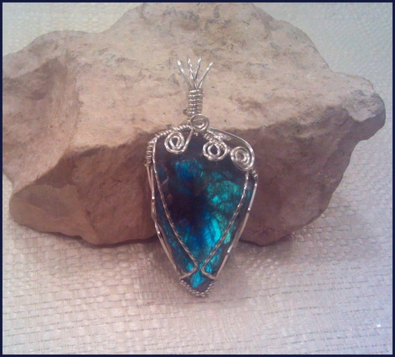 Peacock Blue Natural Labradorite Wire Wrapped Pendant Pw40