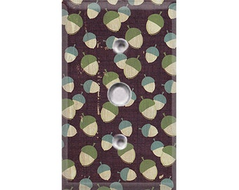 Nature Lover Collection - Acorns Cable Cover
