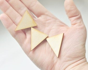 SET of 3pcs - MIDDLE wooden triangles, made of unfinished unpainted wood, natural wood, ready to decorate, make your own necklace